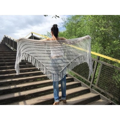 Gray knit shawl Fringe Knitted shawl Chunky shawl wrap Oversized gray shawl Wool shawl wrap Triangle knit scarf Dark gray wrap scarf shawl
