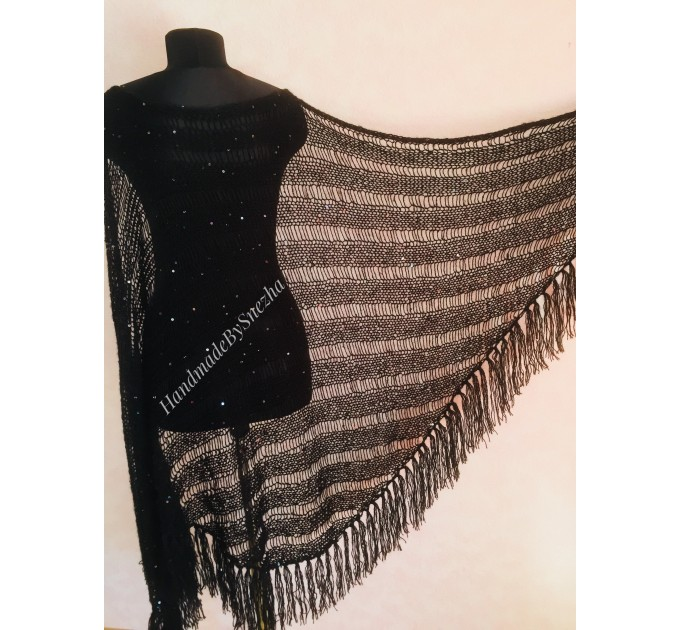Gray knit shawl Fringe Knitted shawl Chunky shawl wrap Oversized gray shawl Wool shawl wrap Triangle knit scarf Dark gray wrap scarf shawl  Shawl / Wraps  2