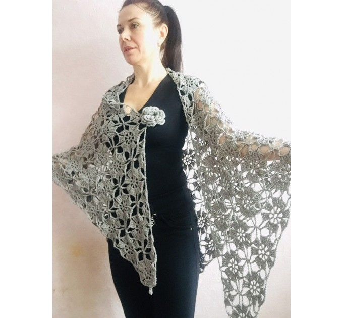 Prayer shawl Bridal shawl pin Bridesmaid Shawl Wedding Cape Wrap Gift-for-women-mom-her-birthday-gift-grandma Easy Lace hand knit shawl Gray  Shawl / Wraps  3
