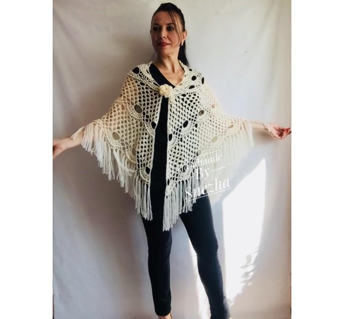 Winter wedding shawl fringe Ivory bridesmaid shawl Blue boho rustic wedding cape White bridal outlander shawl pin brooch Crochet mohair wrap  Wedding  4