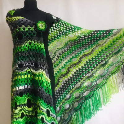 Crochet Shawl Wrap Green Triangle Boho Scarf Fringe Rainbow Shawl Big Multicolor Lace Shawl Hand Knitted Evening Shawl Gray Black White
