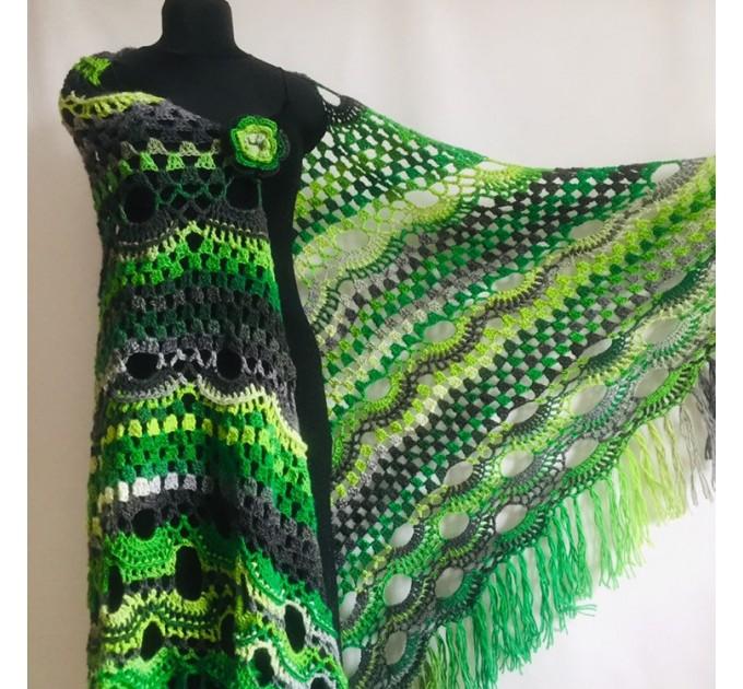 Crochet Shawl Wrap Green Triangle Boho Scarf Fringe Rainbow Shawl Big Multicolor Lace Shawl Hand Knitted Evening Shawl Gray Black White