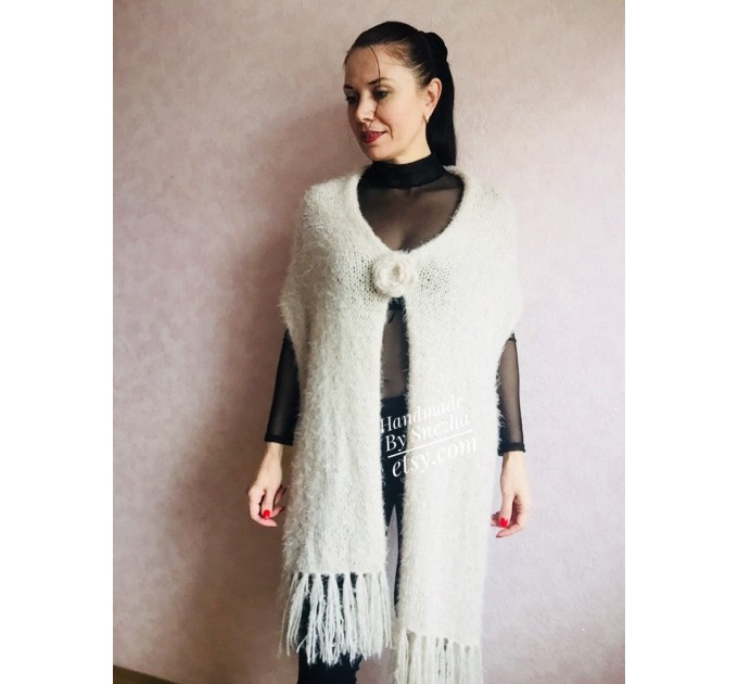 Hand Knit Scarf with Fringes, Cable Knit Scarf Chunky Womens Fringed Scarf Long Winter Scarf Ivory Wool Scarf Crochet Shawl Wrap with Fringe  Faux Fur  9