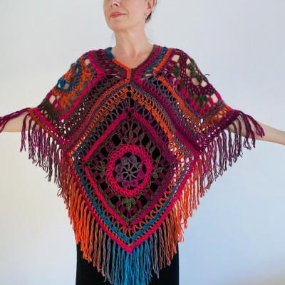 Multicolor Poncho Women, Crochet fringe vest, Crochet Triangle Shawl Wraps Fringe, Plus size Festival Wraps Vegan