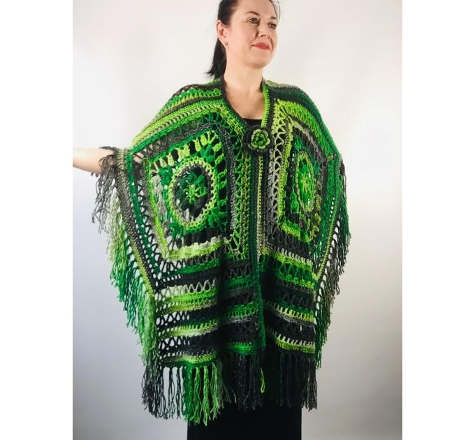 Knit poncho green wool cape poncho fringe crochet blanket poncho rainbow hippie poncho unisex poncho wrap multicolor mexico poncho  Wool