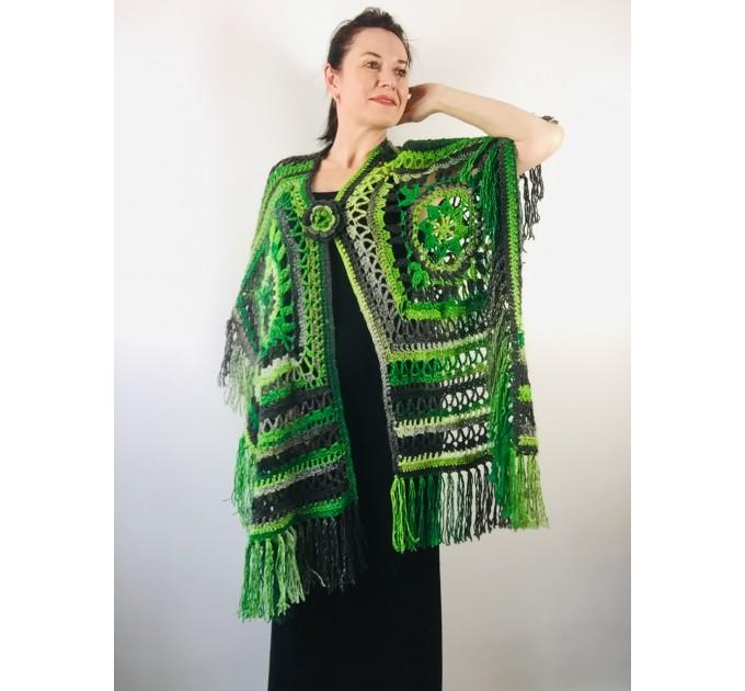 Knit poncho green wool cape poncho fringe crochet blanket poncho rainbow hippie poncho unisex poncho wrap multicolor mexico poncho  Wool  1