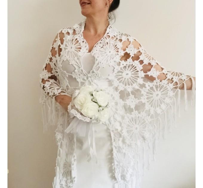 Ivory Bride Shawl Fringe, wedding cape Mohair wedding capelet, Bridal Cape, Bridesmaid shawl, Wedding wrap, Cotton shawl Lace boho  Shawl / Wraps