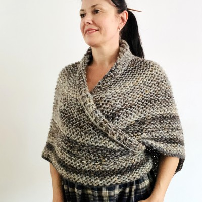 Brown outlander shawl Claire's Shawl sontag shawl alpaca wool shawl shoulder wrap triangle shawl Carolina Shawl outlander costume