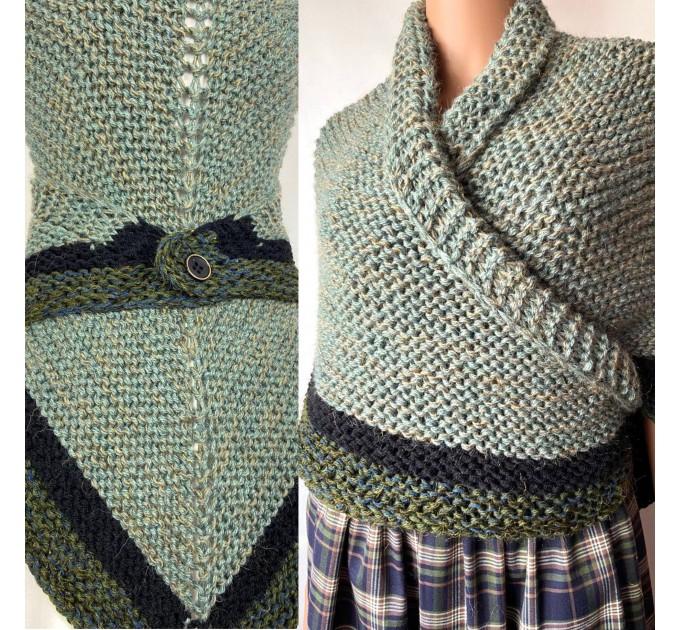 Outlander shawl knit wrap Claire rent shawl winter celtic shawl sontag green triangle alpaca wool shawl Outlander inspired Carolina Shawl  Shawl Alpaca