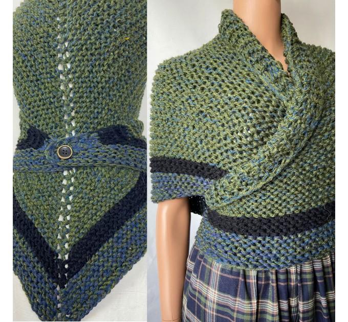 Outlander inspired Сlaire Shawl knit shoulder wrap celtic shawl winter triangle alpaca shawl green wool sontag Outlander Carolina shawl  Shawl Alpaca