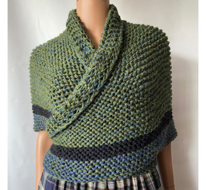 Outlander inspired Сlaire Shawl knit shoulder wrap celtic shawl winter triangle alpaca shawl green wool sontag Outlander Carolina shawl  Shawl Alpaca  1